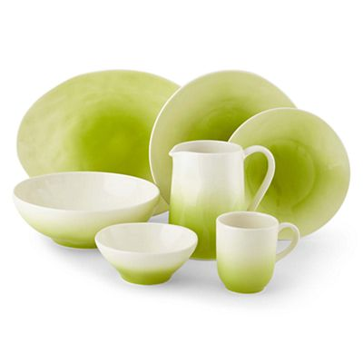 Brisa Dinnerware Collection