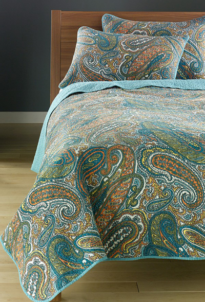 Teal Waters Paisley Quilt