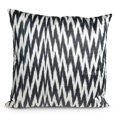 Black and White Zig Zag Pillow