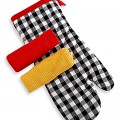 Checkered Oven Mitt and Dish Towels Set