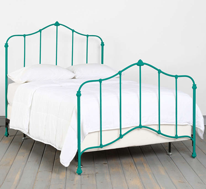 Turquoise beds and headboards decor by color for Turquoise bed frame