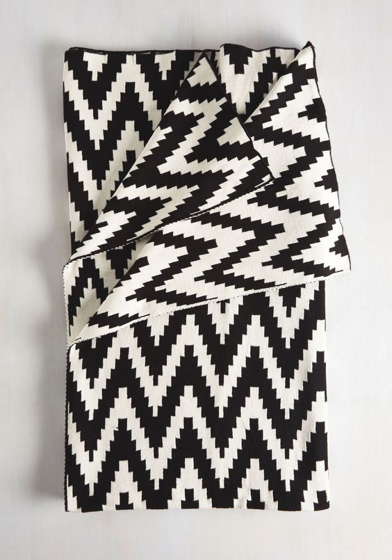 Black and White Chevron Throw